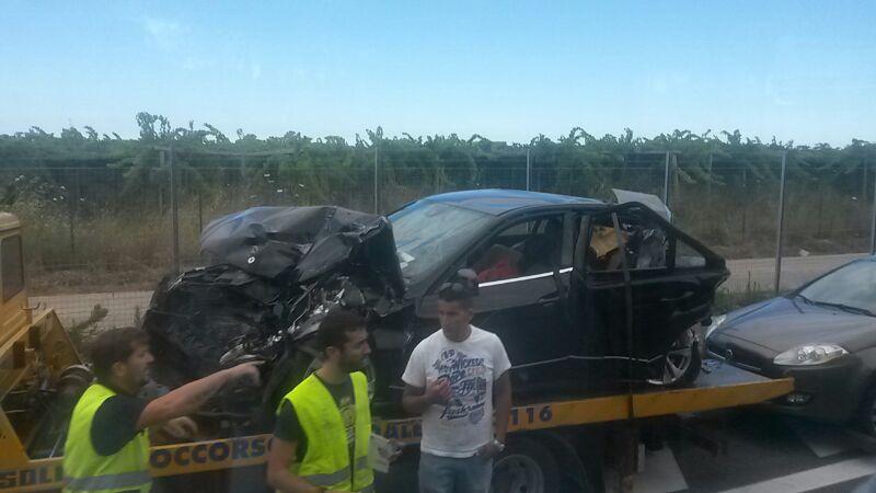 Una delle macchine coinvolte nell'incidente
