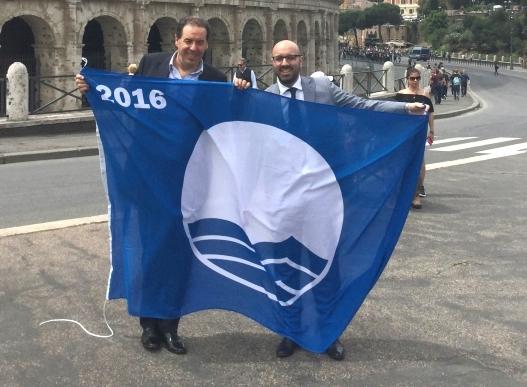 Foto della consegna del premio a Roma