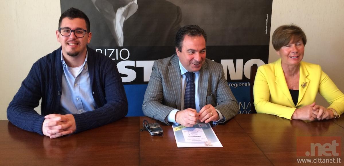 In foto il deputato Fabrizio Di Stefano con il responsabile del settore giovanile FI Sebastiano Di Nunzio e Graziella Di Campli