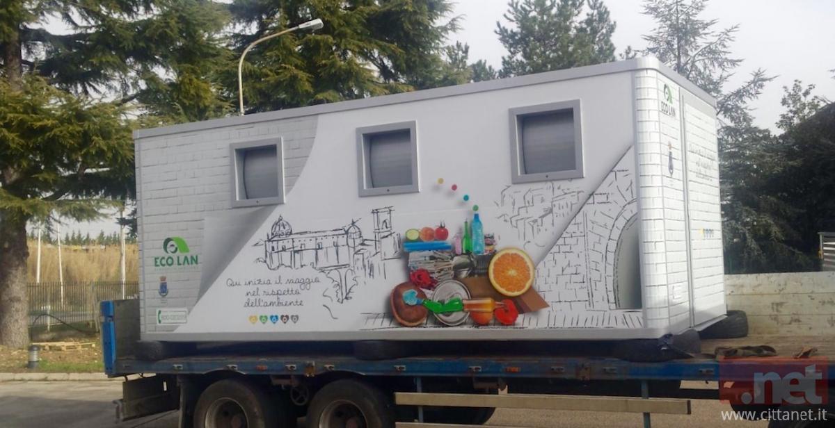Una delle nuove ecobox che arriveranno in città.